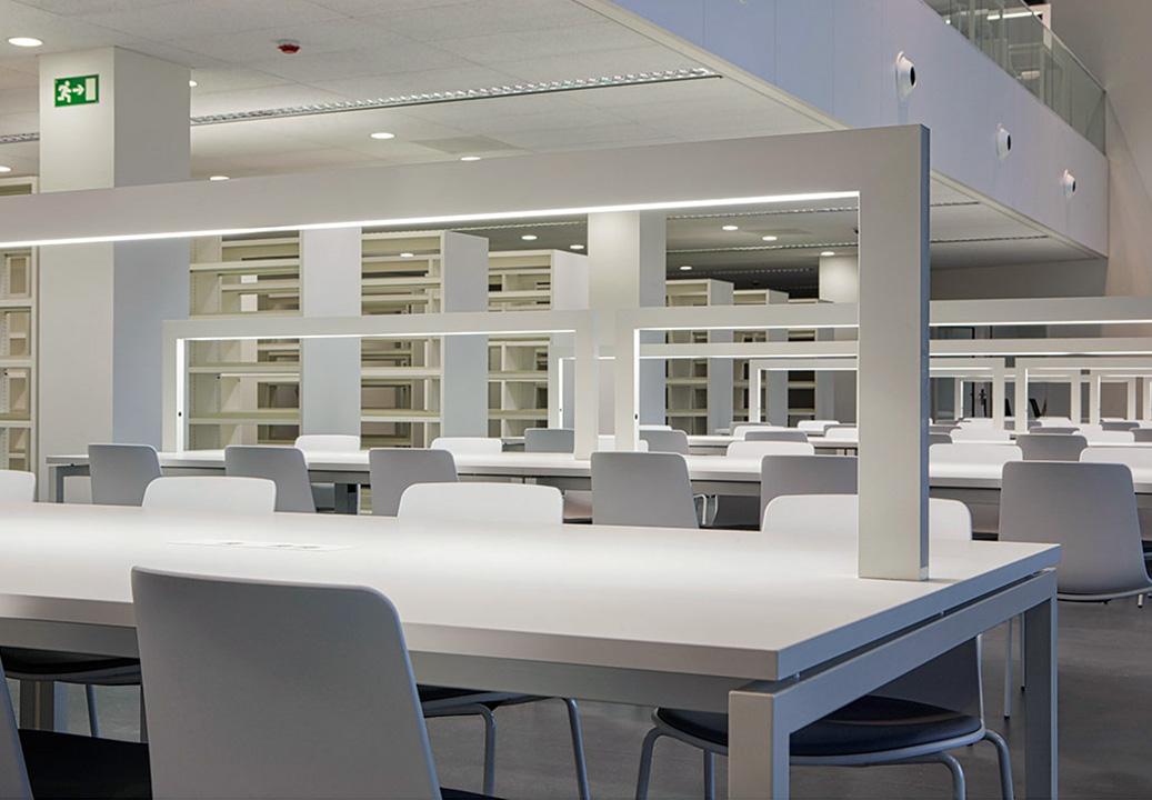 Geri trico bibliotecas hosteler a torres oficinas for Biblioteca para oficina